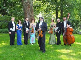 Bild: Festliches Konzert des Johann-Strauß-Ensembles