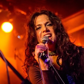 Bild: Sari Schorr - The First lady of the Blues direct from the New York Hall of Fame!