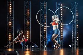 Bild: Filament - The Cirus Show