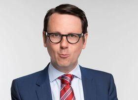 Bild: Sebastian Schnoy - Polit-Kabarett: Dummikratie - warum Deppen Idioten wählen