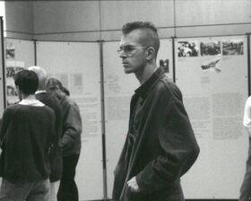 Bild: Vortrag, Film: Die Wehrmachtsausstellung oder die Rückkehr der Täter [1995-1999]