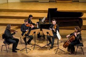 Bild: Juleum Konzert - Christoph Soldan, Klavier mit den Schlesischen Kammersolisten