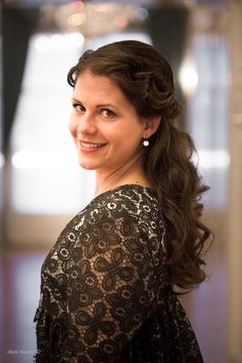 Bild: Juleum Konzert - Jelena Bankovic, Sopran mit dem Staatsorchester Braunschweig,         Leitung: Srba Dinic