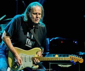 BLUES ALIVE FESTIVAL 2 - WALTER TROUT+Band
