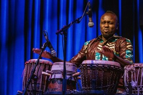 Bild: Djiby & Band - Weltmusik mit feinstem Groove