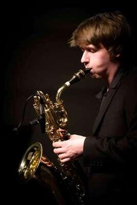hfmdd jazz orchestra - Musik von Helmut Brandt