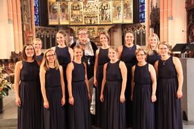 Bild: Chor- und Orgelmusik zum Advent - Ensemble duodecim, Leitung: Claudia Zonker, Ute Gremmel-Geuchen, Orgel