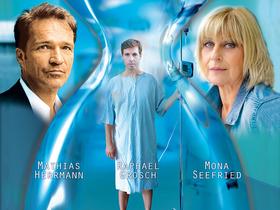4000 Tage - Ernste Komödie von Peter Quilter mit Mathias Herrmann, Mona Seefried und Raphael Grosch