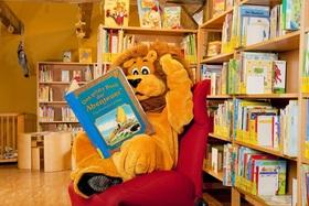 Bild: Bibolins Bücherparty - Magie und Zauberei im Bücherhaus