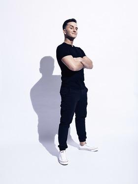 "Bild: Özcan Cosar - mit ""Cosar Nostra – Organisierte Comedy"""