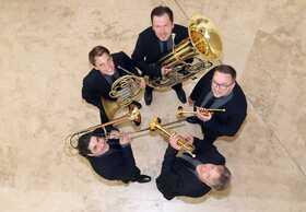 Bild: Classic Brass - eines der besten Blechbläserensembles Europas - gastiert mit einem Silvesterkonzert »Glanzvoller Jahresausklang«
