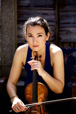 Bild: Susanna-Yoko Henkel - Julia Okruashvili - 2. Winterkonzert 2019/20 - Kammermusik für Violine und Klavier von W. A. Mozart, R. Schumann, C. Schumann und L. v. Beethoven