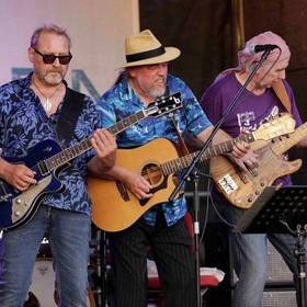 Bild: Born, wo de Wind herkümmt - 40 Jahre Charly Scheckschuss Band