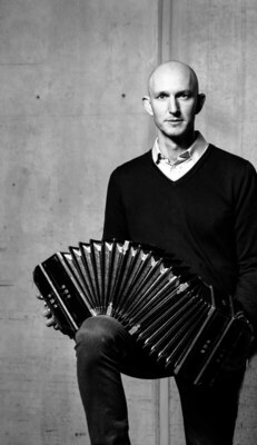 Bild: Konzert zum Neuen Jahr - Ansbacher Kammerorchester unter der Leitung von Karl-Friedrich Beringer