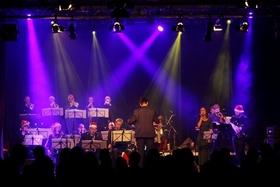 "Bild: Christmas Swing - Programm ""Big Band Schwungkollegium & Gäste"""