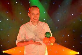 Bild: 40-jähriges Jubiläum der Freien evangelischen Gemeinde Aurich - mit dem Illusionskünstler Mr. Joy