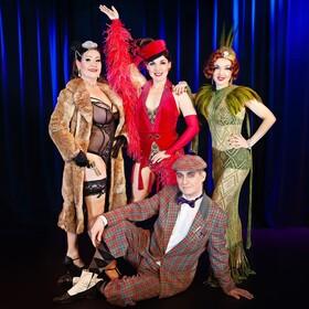 Haben Sie schon mal im Dunkeln geküsst? Die Burlesque Show mit den Lipsi Lillies & Bert Callenbach