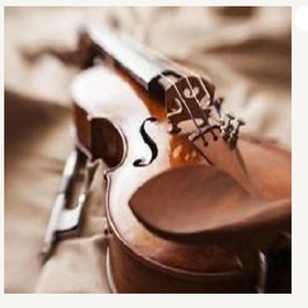 Bild: W. A. MOZART; J. S. BACH; L. JANACEK - Joana Popescu Violine, Sinziana Stanescu Klavier