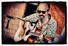 Bild: Paul Batto - Der Mann mit dem Blues im Blut...