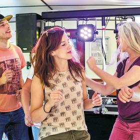 Bild: Ü30-Party - House Beats auf der Ruhr - Tageskreuzfahrten 2020 - Sommerprogramm