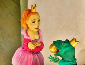 """Bild: 11. Markkleeberger Puppentheaterfest """"Die Froschkönigin"""""""