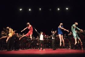 "SALLY Dansgezelschap Maastricht, philharmonie zuidnederland & KunstLoc Brabant (NL) ""Heartbeat"" (10+)"