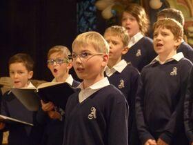 Bild: ´´ Junge Chöre singen zum 3. Advent ´´