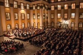 """Bild: Traditionelle Schlosshofserenade - """"Blockbuster"""" für alle: Filmmusik, welche in den Ohren ist und bleibt"""