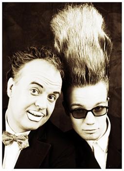 Bild: Die Buschs - Comedy, Trash und Zauberei
