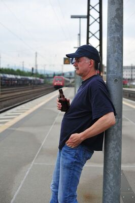 Bild: CLAJO HERRMANN - Männer schweigen wortlos