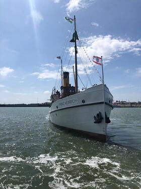 Bild: Seefahrt von Borkum nach Emden