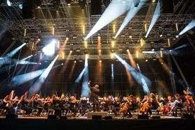 Bild: Sinfoniekonzert mit der JPO - Sergei Koussevitzky, Carl Maria von Weber, Antonín Dvorak