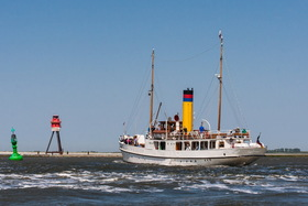 Bild: Seefahrt von Emden nach Borkum