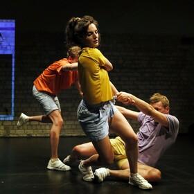 Bild: TRIAL AND - Ein Tanzstück - SH-Premiere