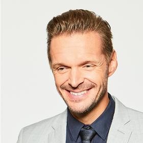 """Florian Schroeder - """"Neustart"""""""