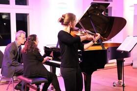 Bild: Baltischer Winter - Brahmsgesellschaft e.V. Stralsund mit Viola Meisterkurs im Schloss Hohendorf