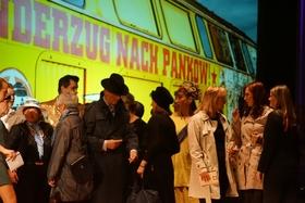 Bild: Reise durch die Zeit - MUSICALREVUE