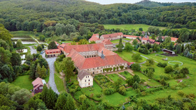 Bild: Abgesagt: Klosterführung -  Dreiklang - Kloster, Gärten & Musik