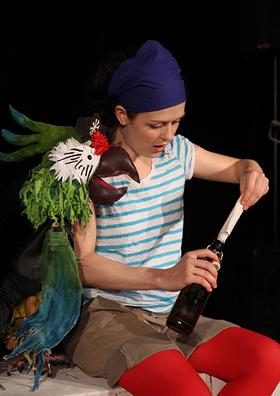 """red dog theater zeigt: """"Anna und die Piraten - Ein Piratenstück mit Puppenspiel und Musik (4+)"""