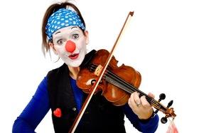 Bild: Prignitz-Ruppiner Komödienfestival - 11. Schöller Festspiele 2020 - Clownin Viola: