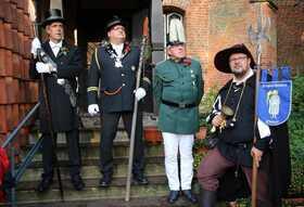 Bild: Historische Ortsfühung mit Dorfausrufer Hannes - Historische Ortsführung mit Dorfausrufer Hannes