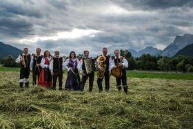 Bild: Ansambel Zupan - Robert Zupan und seine Musikanten aus Oberkrain