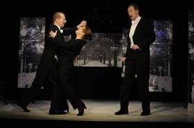 Bild: Krolls Etablissement - eine Berliner Legende! - Theater im Palais Berlin