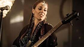 Bild: Ida Nielsen & The Funkbots - Die Meisterin am E-Bass und die Bassistin von Prince auf Tour in Deutschland!