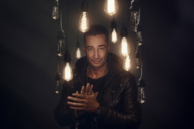 Bild: FARID  (Tour wird verschoben - Ticketprozedere ab dem 16.11.) - Magic Unplugged Tour