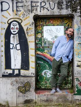 Bild: Serdar Somuncu & Band - Ein Abend zwischen Comedy und Musik