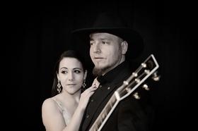 Bild: Cash & Carter - Songs & Stories mit Marina Jay und Roman Hofbauer