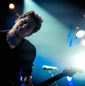 Bild: AYNSLEY LISTER live im Schalander Kusel