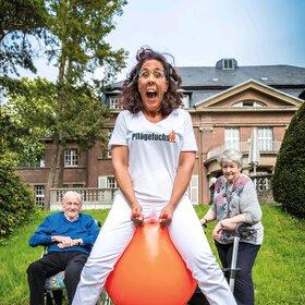 Bild: Sybille Bullatschek - Ich darf das, ich bin Pflägekraft!
