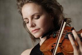 Bild: Hilary Hahn & hr-Sinfonieorchester